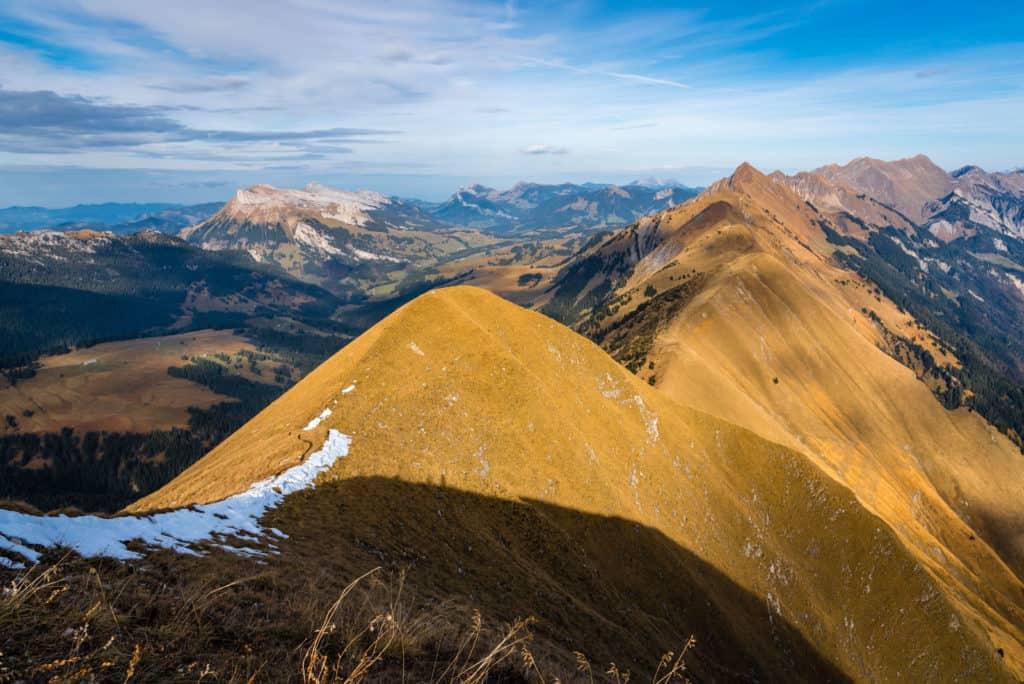 Hiking Augstmatthorn Riedergrat