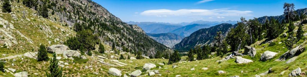 Pyrenees Espot hiking Estany Negre